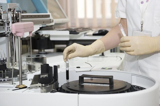 Enquête sur les essais cliniques Ligue contre le cancer